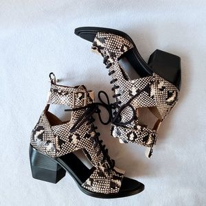 Chloé Cut Out Snake Print Lace Up Ankle Boots 8.5